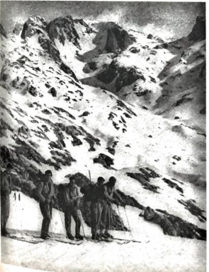 Primera Invernal a la Torre de Santa María (Foto Torrecerredo), 1953